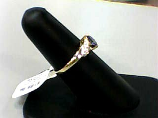 Purple Stone Lady's Stone Ring 14K Yellow Gold 1.3dwt Size:7