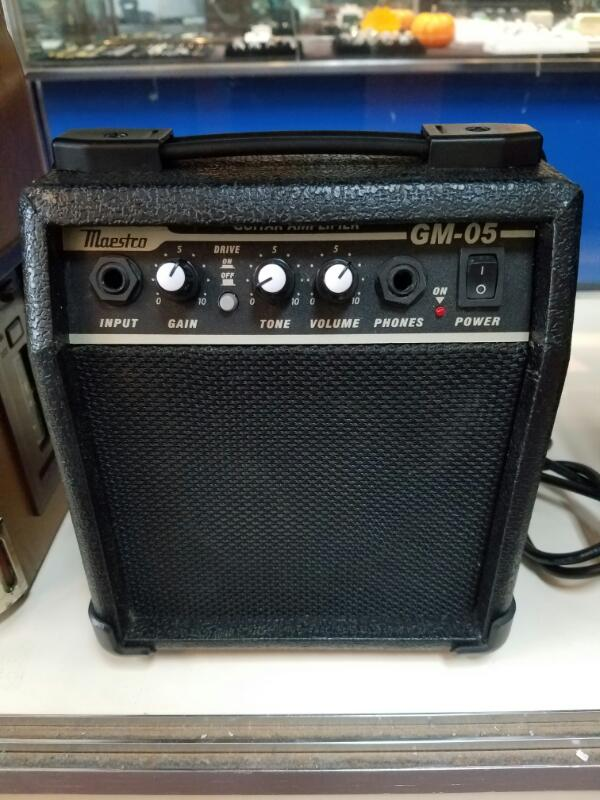 MAESTRO BY GIBSON Electric Guitar Amp GM-05 AMPLIFIER