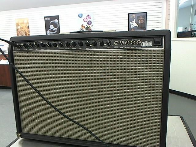 FENDER Electric Guitar Amp ULTIMATE CHORUS