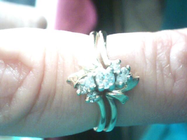 Lady's Diamond Wedding Set 7 Diamonds .10 Carat T.W. 10K Yellow Gold 2.2dwt
