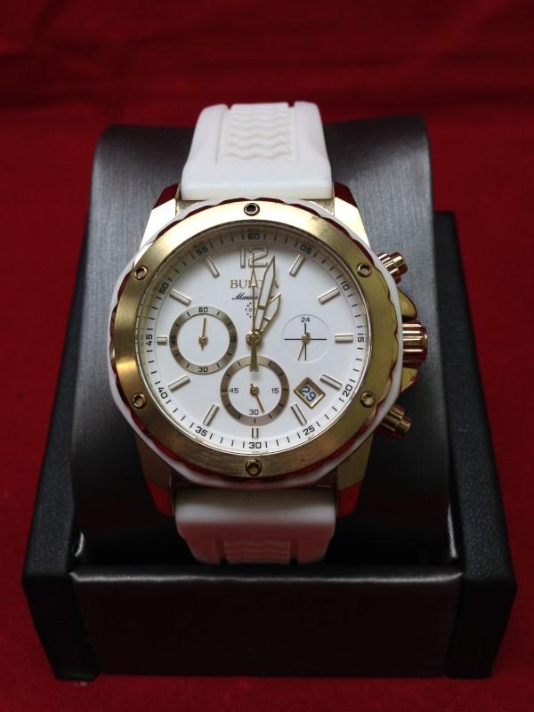 BULOVA Lady's Wristwatch 98M117