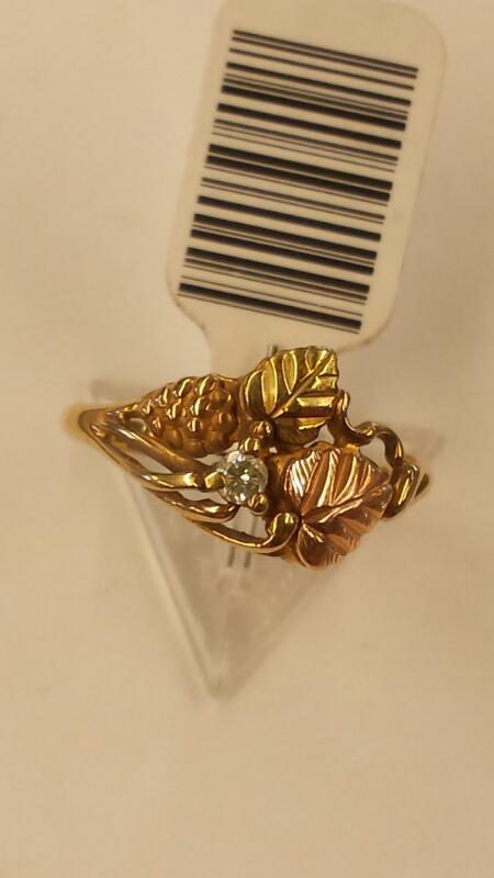 Lady's Diamond Fashion Ring .05 CT. 10K Yellow Gold 2.27dwt