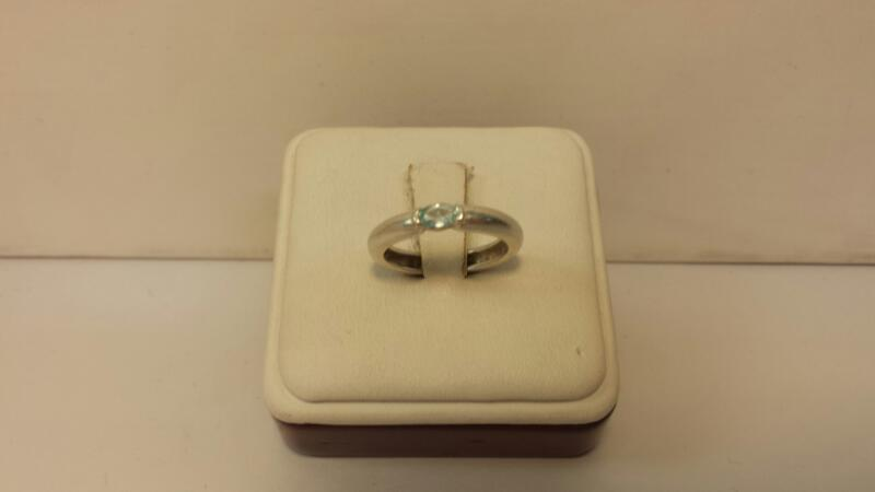 Silver (925) Ring with 1 Stone - 1.7dwt - Size 6
