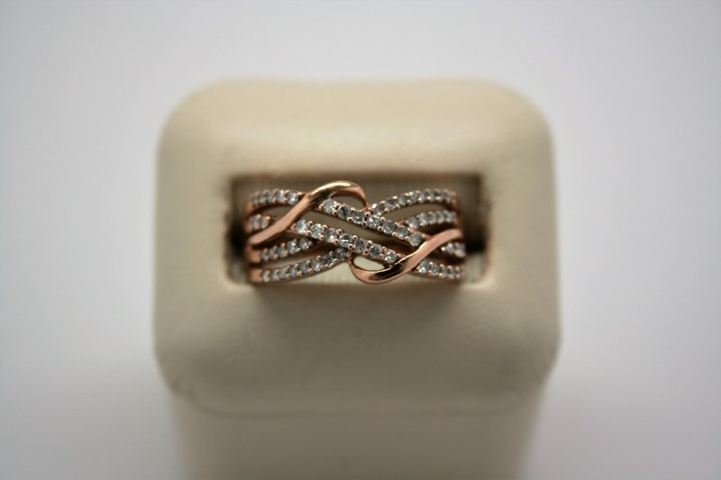 LADY'S FASHION STYLE DIAMOND RING 10K ROSE GOLD