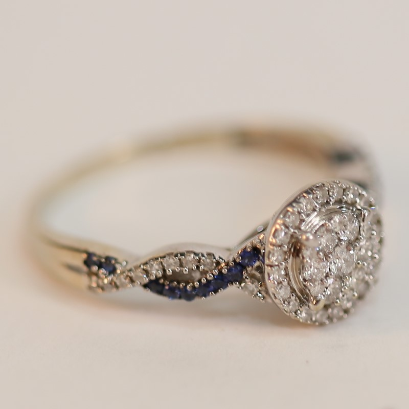 Twisting Diamond and Sapphire 10K White Gold Ring Size 7.25