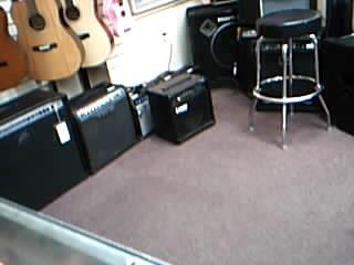 LANEY Bass Guitar Amp HCM15B