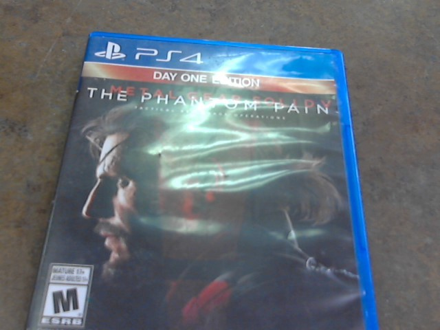 THE PHANTOM PAIN PS4