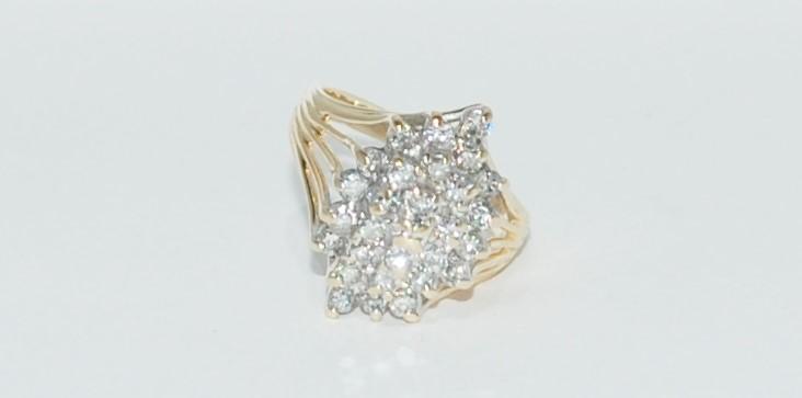 Lady's Diamond Cluster Ring 27 Diamonds 1.35 Carat T.W. 14K Yellow Gold 6.8g