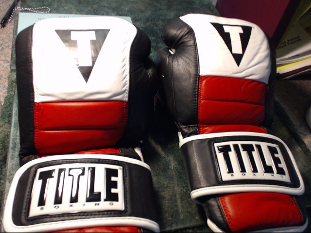 TITLE BOXING Indoor Sports GEL RUSH GLOVES