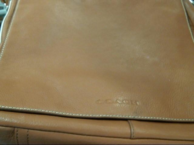COACH Handbag F70555