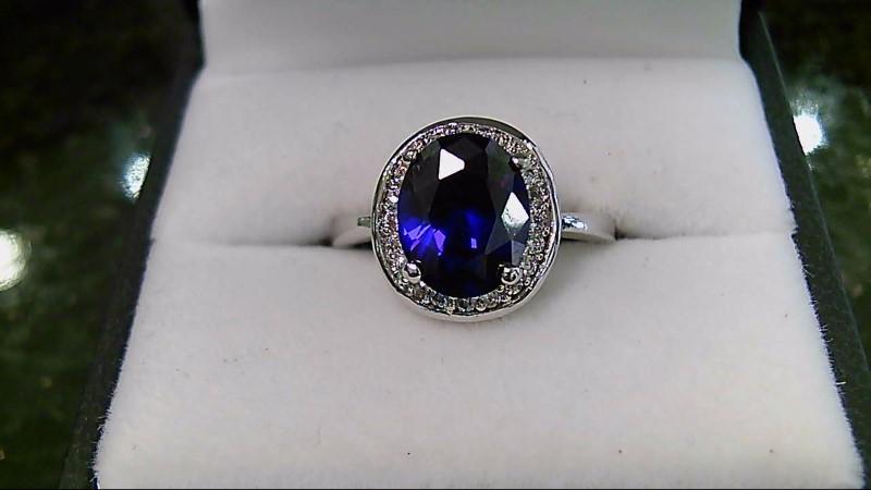 LADY'S 10K WHITE GOLD OVAL AMETHYST ROUND DIAMOND RING