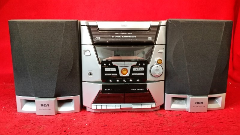 RCA Component Home Stereo System AM/FM / Cassette / CD Player