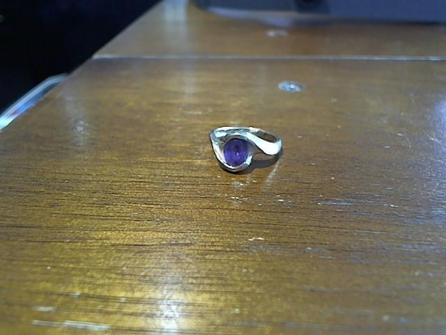 Amethyst Lady's Stone Ring 14K Yellow Gold 4g