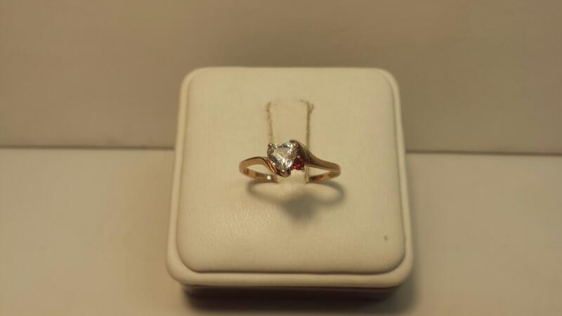 10k Yellow Gold Ring with 1 White Heart and 1 Red Stone - .9dwt - Size 7