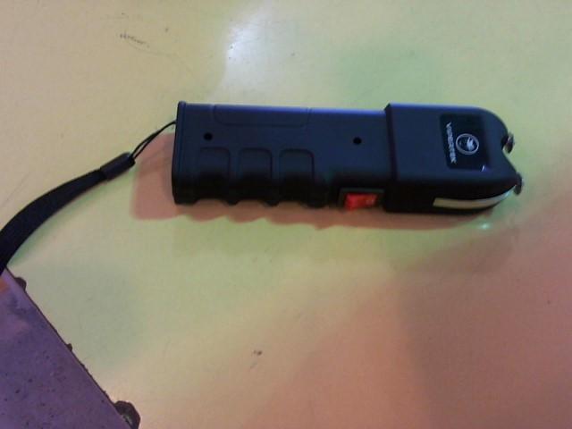 VIPERTEK Stun Gun/Taser TASER BLACK