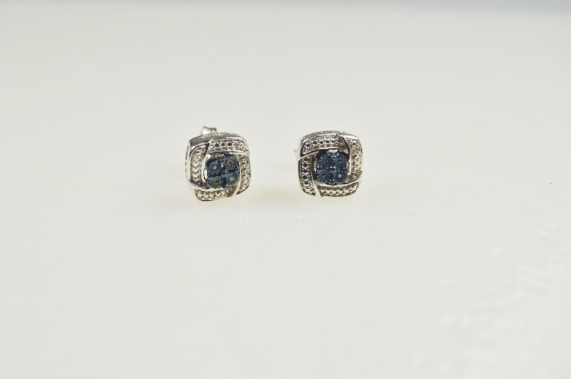 STERLING SILVER WHITE AND BLUE DIAMOND ACCENT EARRINGS APX.06CTW