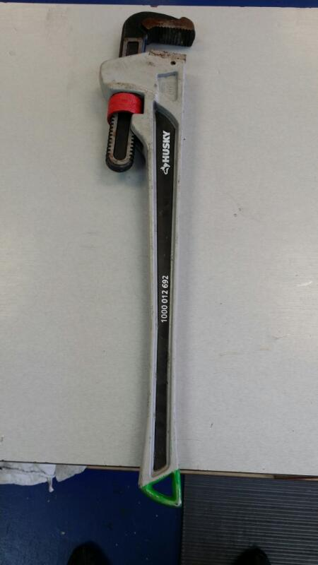 "HUSKY WRENCHES 24"" PIPE WRENCH"