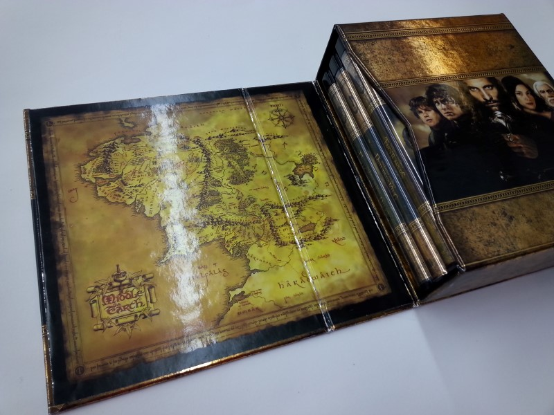 Lord of The Rings Extended Trilogy - Blu Ray Edition