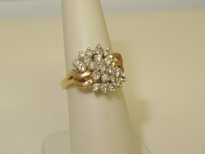 Lady's Diamond Cluster Ring 21 Diamonds 1.08 Carat T.W. 14K Yellow Gold 4.5g