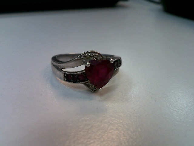 Pink Sapphire Lady's Silver & Stone Ring 925 Silver 3.58g