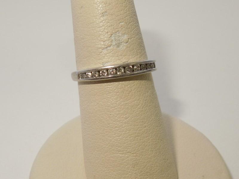 Lady's Diamond Wedding Band 14 Diamonds .28 Carat T.W. 10K White Gold 1.7g