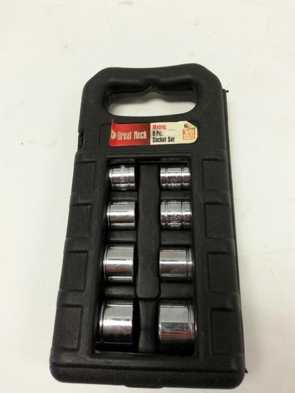 "Greatneck Tools 9-Piece Socket Set - Metric 3/8"" Standard"
