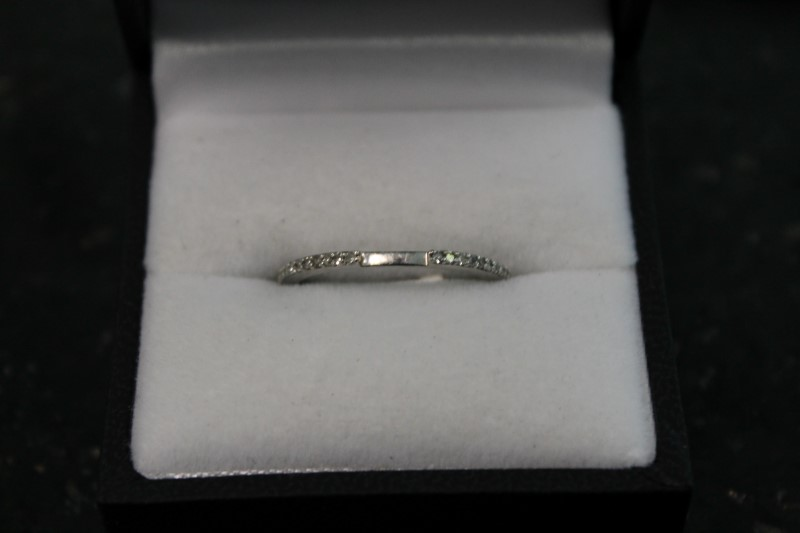 Ant Style Pave Brilliant Round Cut Diamond White Gold Bridal Ring