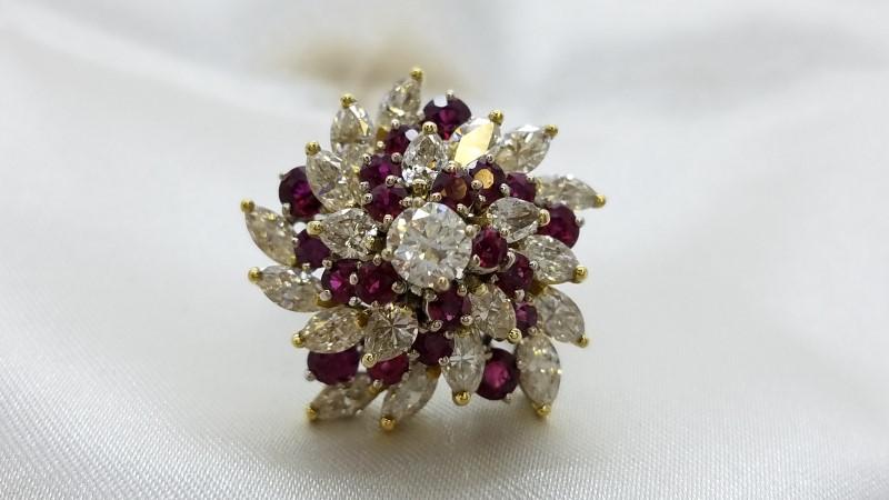 Antique Ruby Lady's Stone & Diamond Ring 21 Diamonds 6.07 Carat T.W.