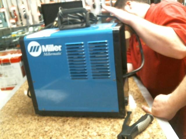 MILLER WELDERS Wire Feed Welder MILLERMATIC 130XP