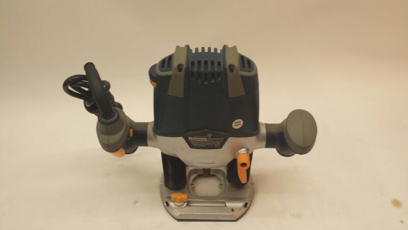 Chicago Electric Model 37793 1-1/2 HP Plunger Router