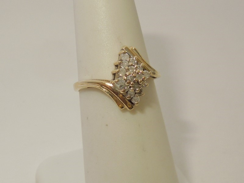 Gent's Diamond Cluster Ring 16 Diamonds .32 Carat T.W. 10K Yellow Gold 1.8g
