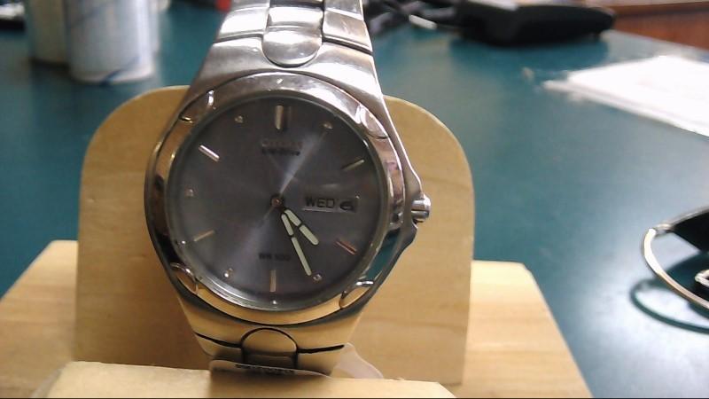 CITIZEN Gent's Wristwatch ECO DRIVE E870