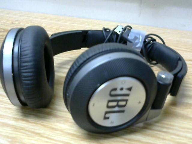 JBL Headphones SYNCHROS E40BT