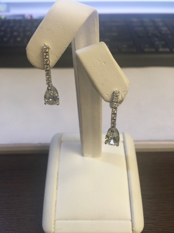 Gold-Diamond Earrings 2 Diamonds 3.00 Carat T.W. 14K White Gold 3g