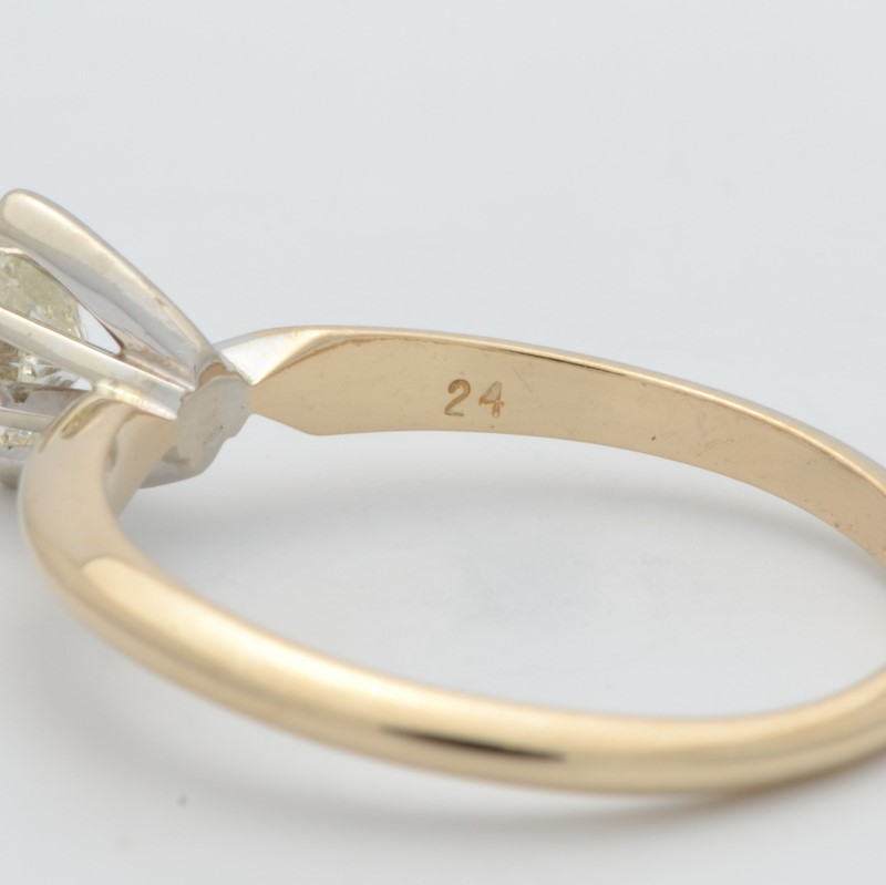 ESTATE DIAMOND RING SOLID 14K GOLD ENGAGEMENT MARQUISE WED SIZE 5.5