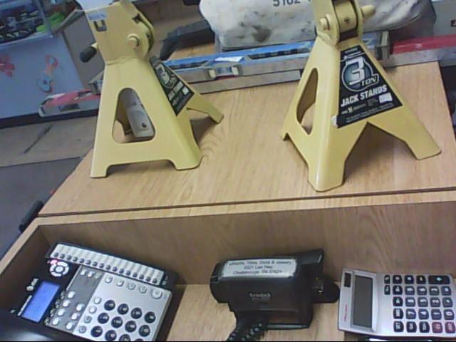 PERFORMANCE TOOL Miscellaneous Tool W41021 FLOOR JACKS 2 TON