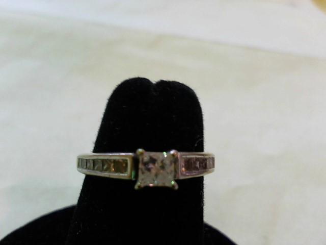Lady's Diamond Wedding Set 13 Diamonds .90 Carat T.W. 14K White Gold 3.8g