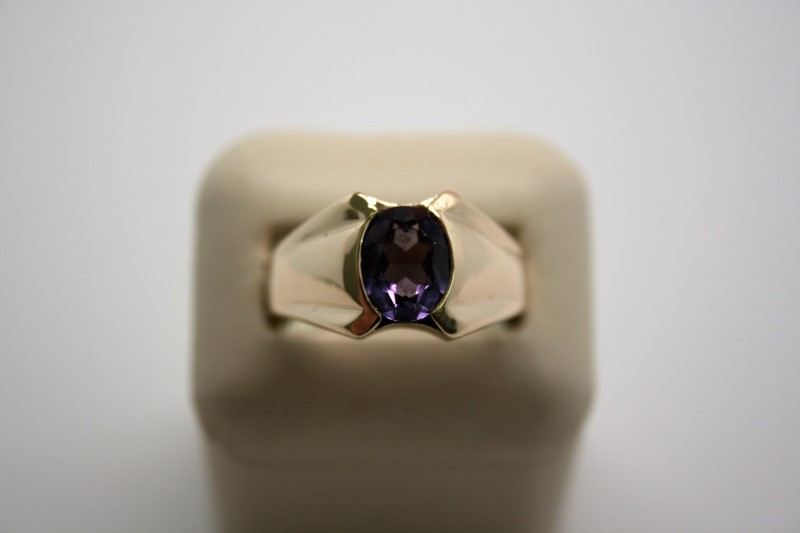 GENT'S FASHION SYNTHETIC ALEXANDRITE RING 10K YELLOW GOLD