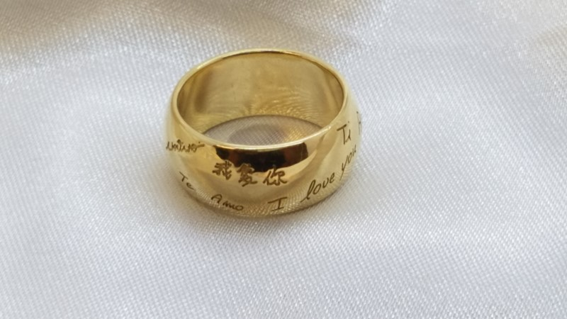 Lady's Gold Ring 18K Yellow Gold 9g Size:5