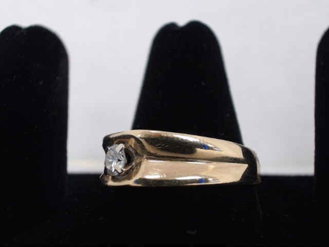 Gent's Diamond Solitaire Ring .25 CT. 14K Yellow Gold 5.2g
