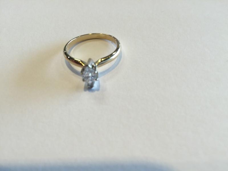 Lady's Diamond Engagement Ring .47 CT. 14K Yellow Gold 2.6g