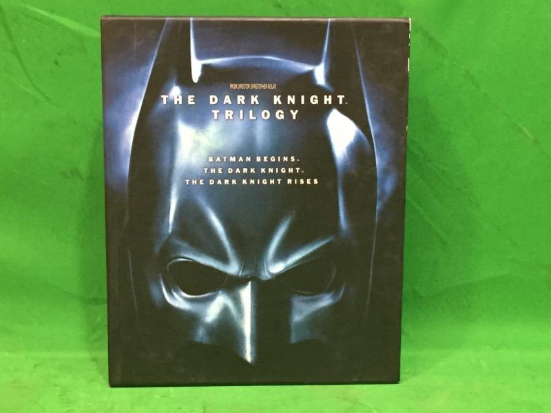 The Dark Knight Trilogy (Blu-ray, 2012, 5-Disc, Limited Edition) w/ Art Book
