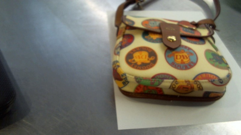 DOONEY & BOURKE Handbag DOONEY AND BOURKE SMALL MESSENGER BAG