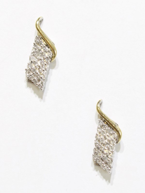 14K Two Tone Gold Vintage Inspired Diamond Cluster Screw On Stud Earrings
