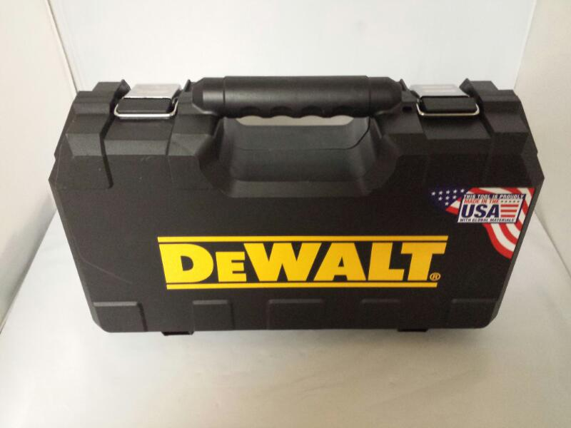 "DEWALT DCD780 MAX 1/2"" 20V Lithium Ion Compact Drill Driver Kit"