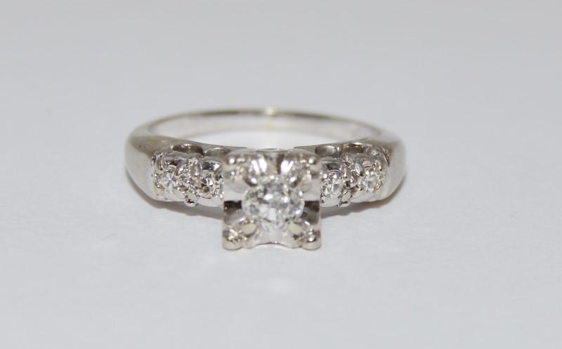 14K White Gold Vintage Inspired Diamond Engagement Ring SIZE 5.25