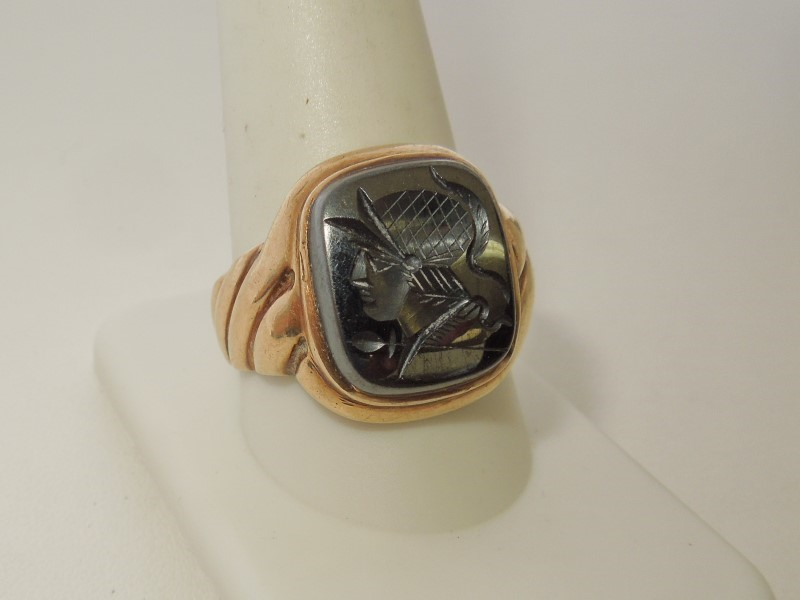 Black Stone Gent's Stone Ring 10K Yellow Gold 9.1g