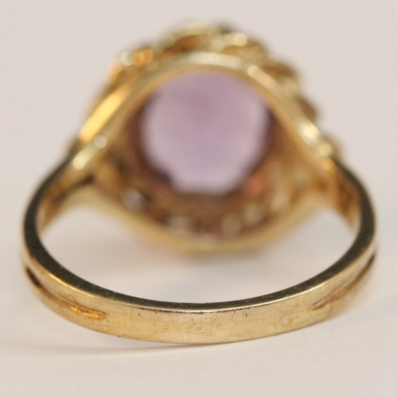 Vintage Inspired 10K Yellow Gold Oval Cut Amethyst Ring Size 6