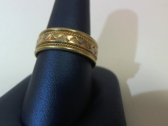 Lady's Gold Ring 14K Yellow Gold 7.5g Size:10.5