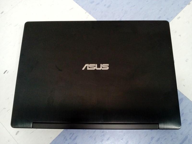 """ASUS TRANSFORMER TP300L 13.3"""" WIN8.1/8GBRAM/I5/2.20GHZ/1TB HD"""